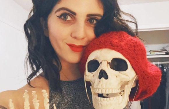 Скелет Скелли из инстаграма набрал в сто раз больше подписчиков чем ты