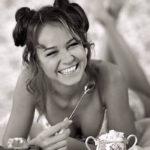 Красивые черно-белые фотографии девушек 16