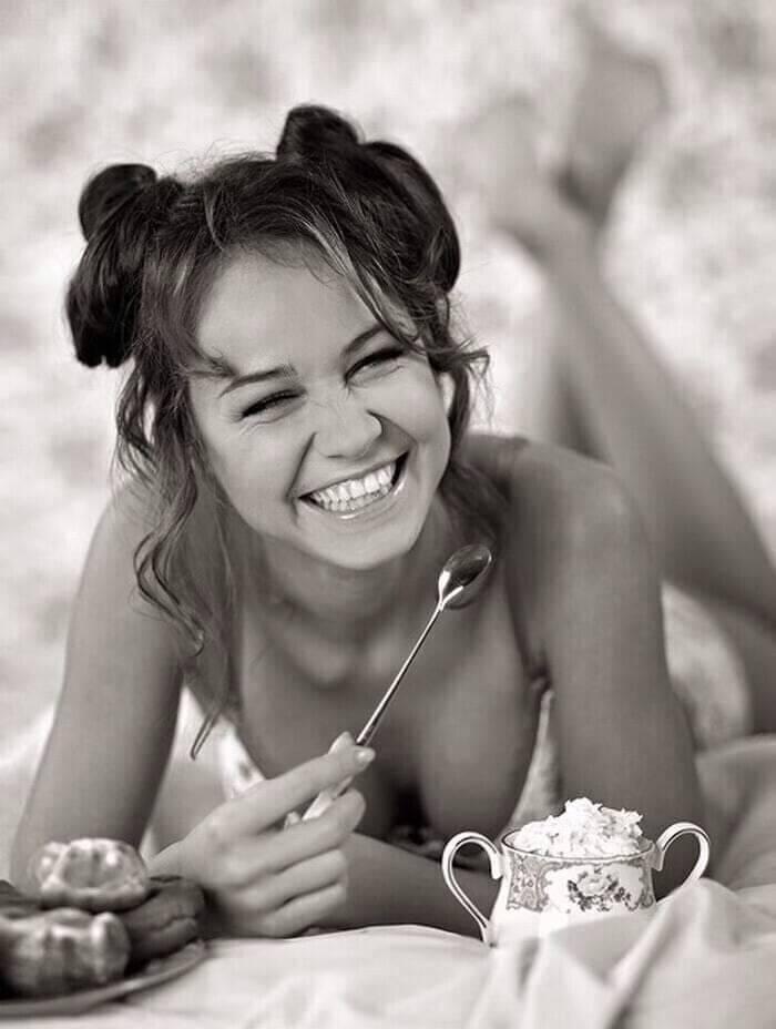 Красивые черно-белые фотографии девушек 7