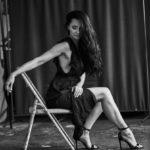 Красавицы брюнетки - Черно-белые фото в одном фотосете 9