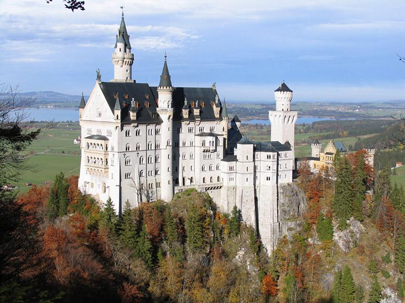 Самые красивые и самые древние замки в Мире 1