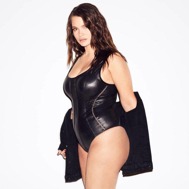 Девушки Сайз-Плюс (Plus Size) в купальниках и нижнем белье - Это надо видеть! 24