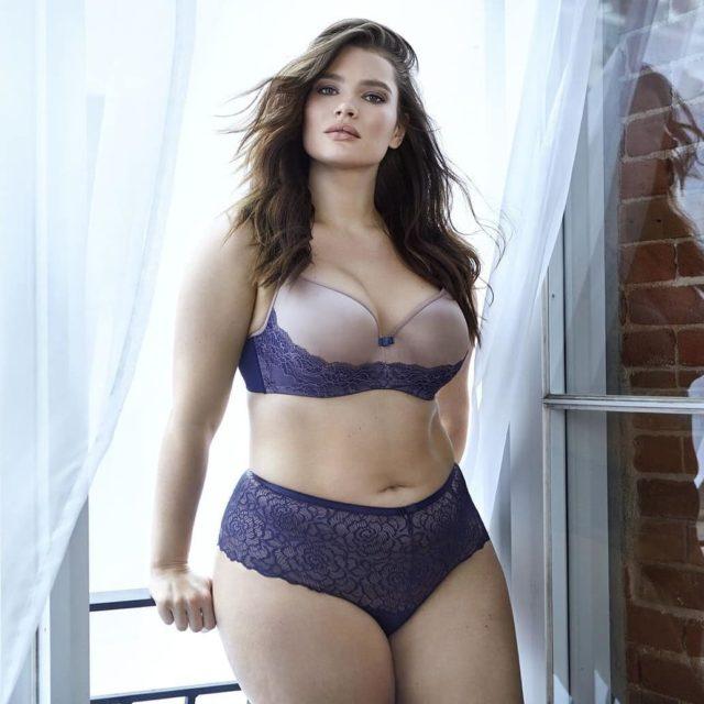 Девушки Сайз-Плюс (Plus Size) в купальниках и нижнем белье - Это надо видеть! 31