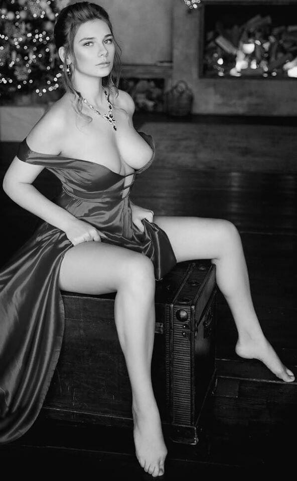 Эротические черно-белые фото девушек: красиво и сексуально 8
