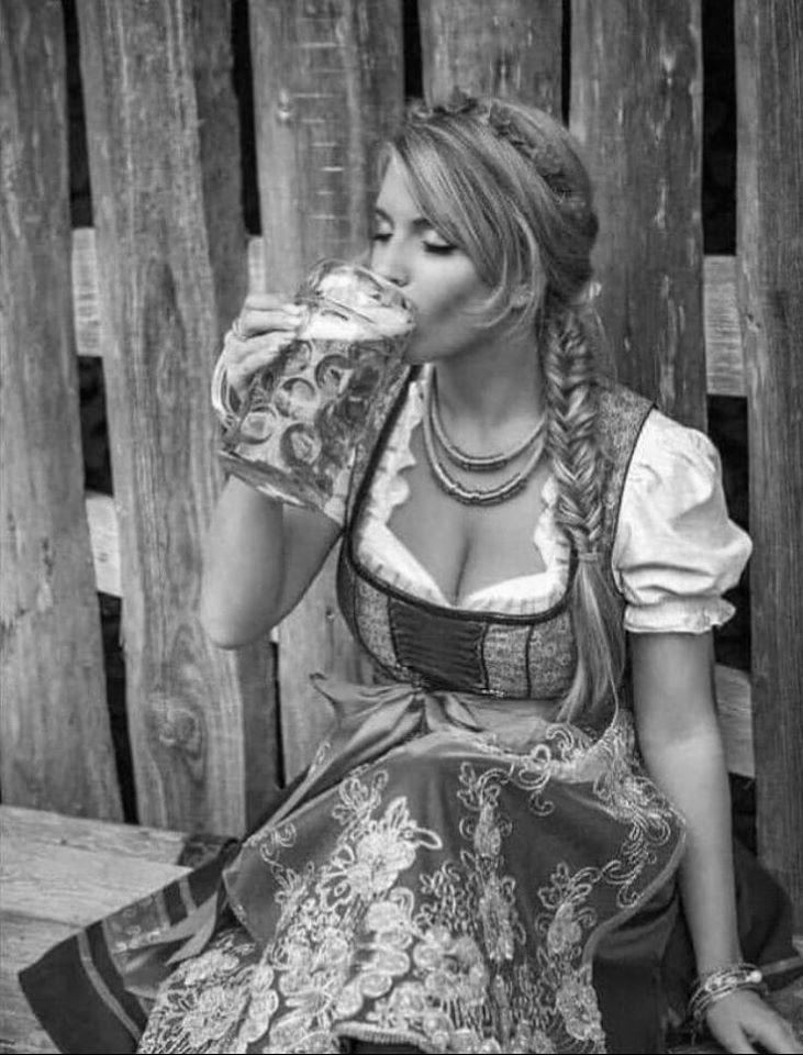 """Любите """"светлое""""?) - Черно-белые фотографии блондинок специально для вас 10"""