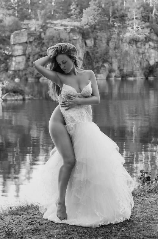 Эротические черно-белые фото девушек: красиво и сексуально 1