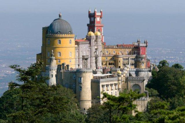 Самые красивые и самые древние замки в Мире 5