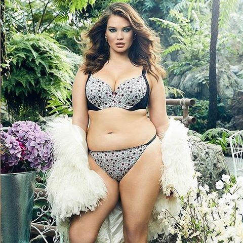 Девушки Сайз-Плюс (Plus Size) в купальниках и нижнем белье - Это надо видеть! 38