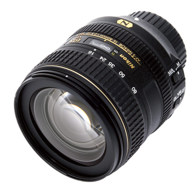 AF-S DX 16-80 мм f / 2.8-4E ED VR