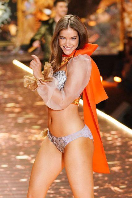 Барбара Палвин: фото и биография горячей супермодели Victoria's Secret 10