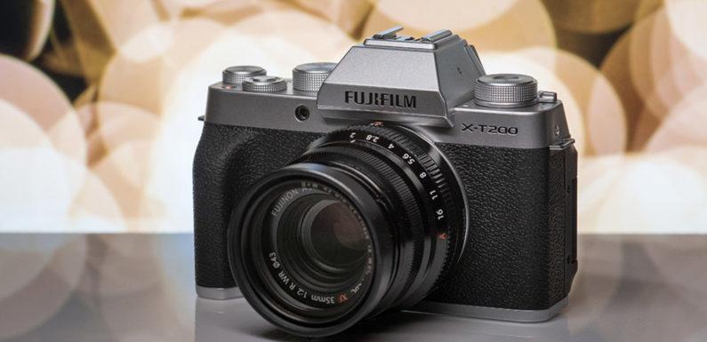 Обзор фотоаппарата Fujifilm X-T200