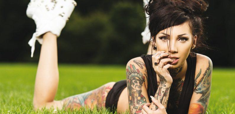 Фото девушек с татуировками — Шикарная подборка красоток с тату