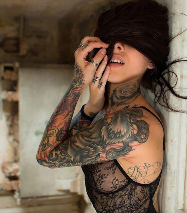 Фото красивых девушек с татуировками: большая подборка 8