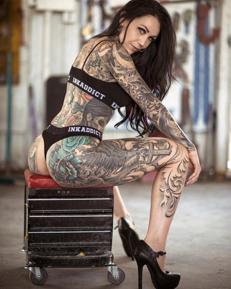 Фото девушек с татуировками - Шикарная подборка красоток с тату 13
