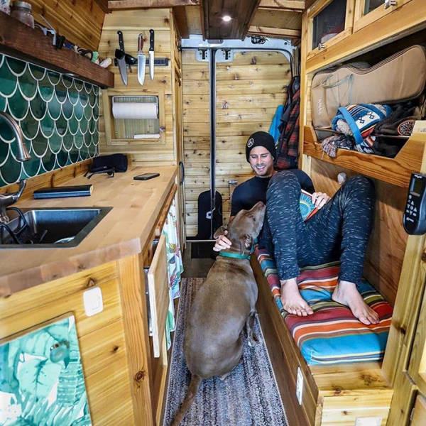 Путешествовать в фургоне по-настоящему приятно - главное, создать уют 1