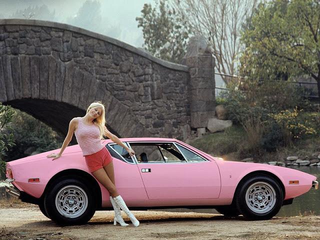 DeTomaso Pantera 1971 - фотографии одного из самых известных ретро-автомобилей 5