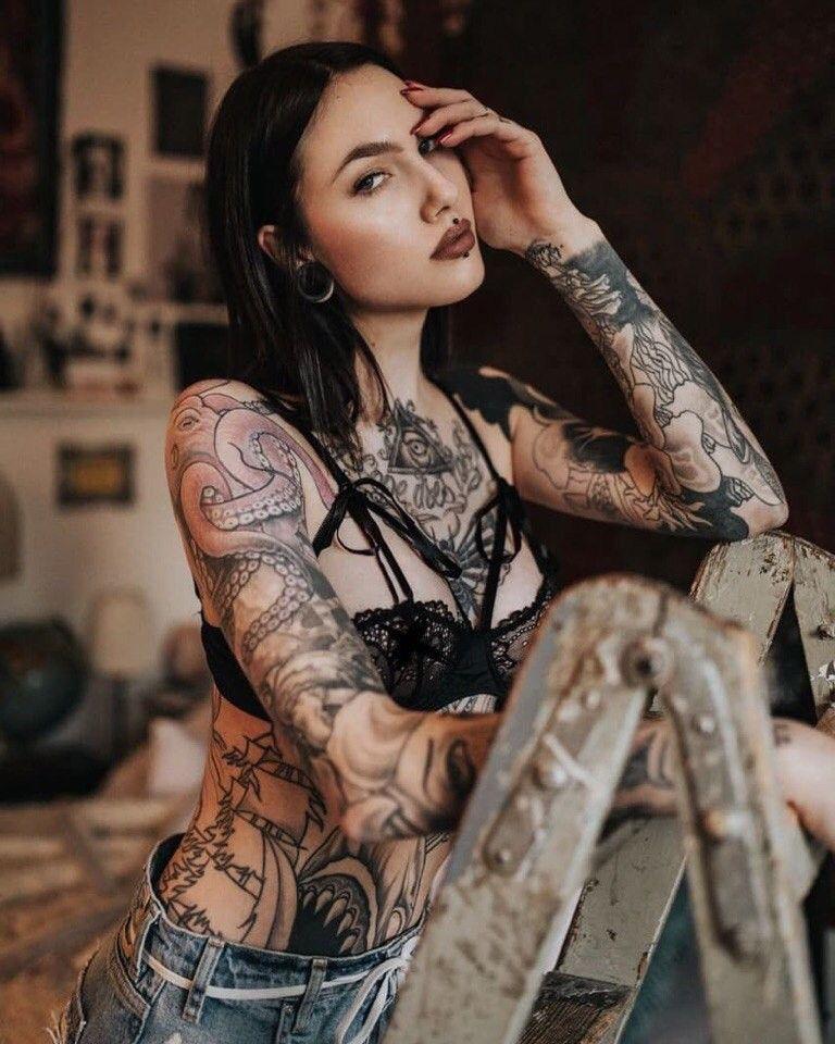 Фото девушек с татуировками - Шикарная подборка красоток с тату 12