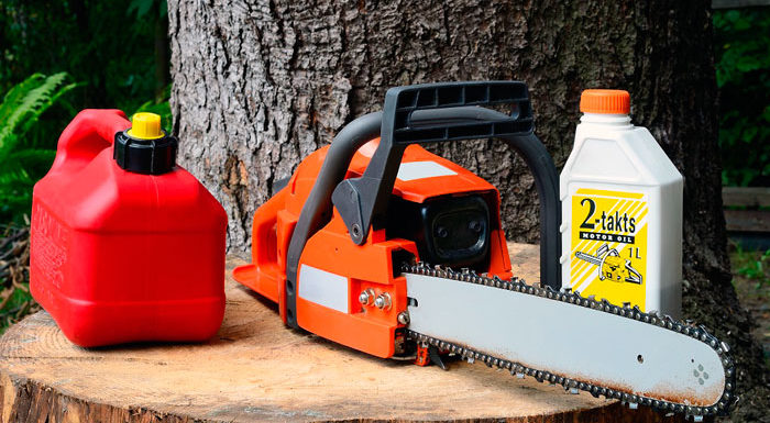 Лучшее масло для мотокосы и бензопилы: что выбрать для садовой техники?