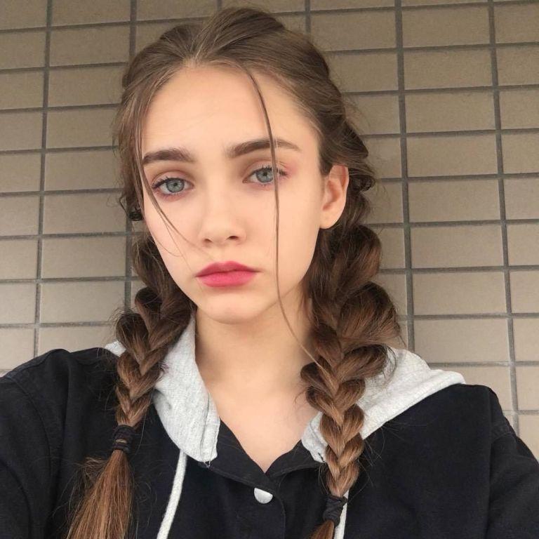Фото селфи девушек - самые красивые лица (30 фото) 23