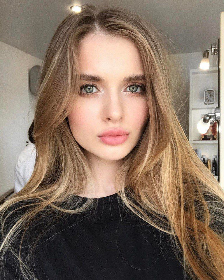 Фото селфи девушек - самые красивые лица (30 фото) 4