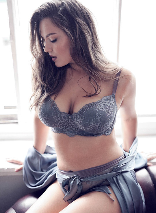 """Александра Дейнега - """"сочная"""" модель Plus-Size из России 5"""