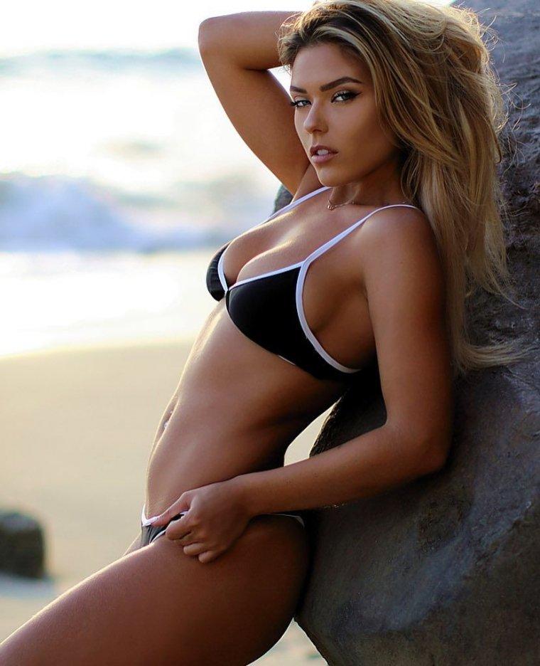 Neesy Rizzo - Сексуальная модель из Нью-Джерси (фото) 9