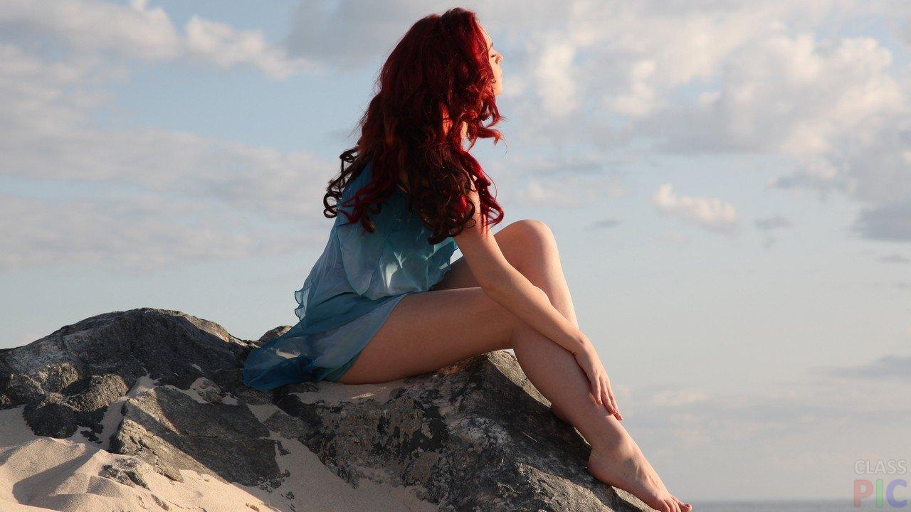 Рыжие красотки: фото со спины - как романтично 10