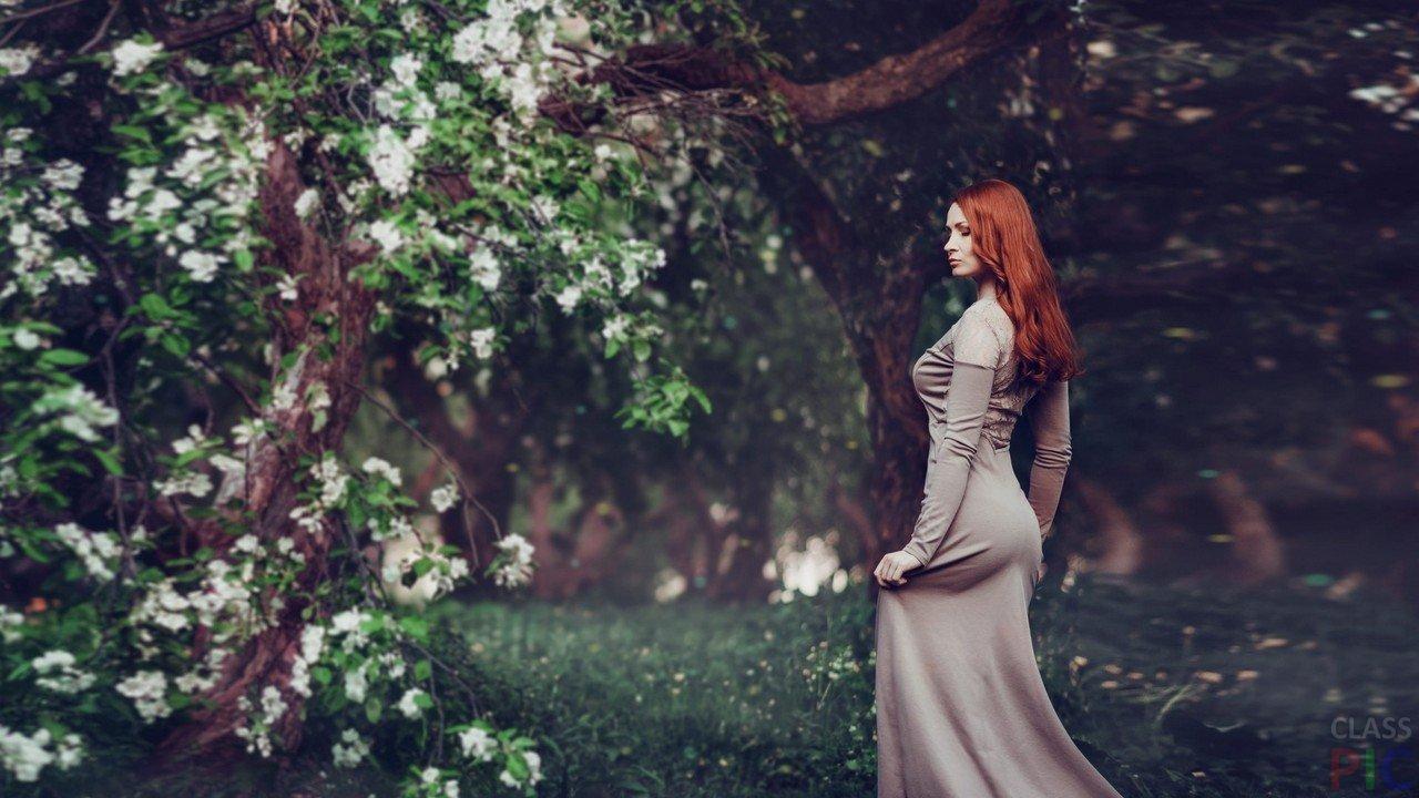 Рыжие красотки: фото со спины - как романтично 12