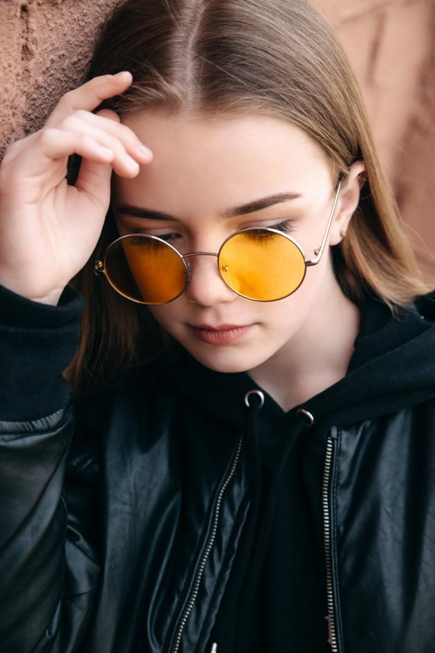 Фото милых девушек в очках: подборка очаровашек 3