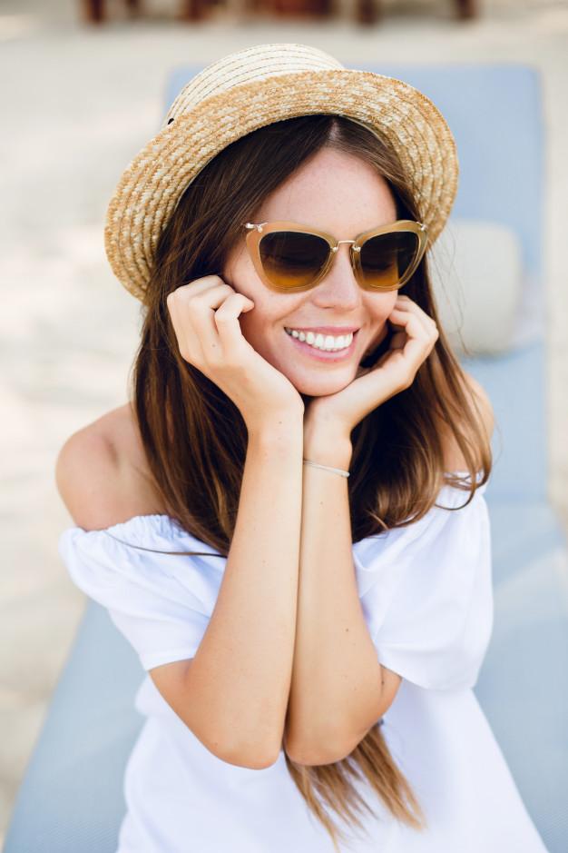 Фото милых девушек в очках: подборка очаровашек 5