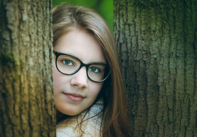 Фото милых девушек в очках: подборка очаровашек 6