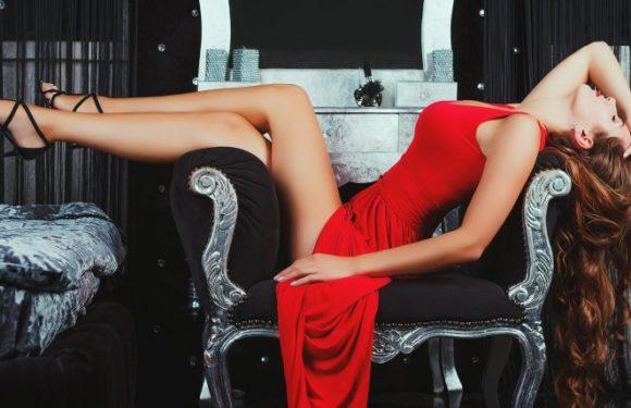 Девушки в сексуальных вечерних платьях: в жар бросило!