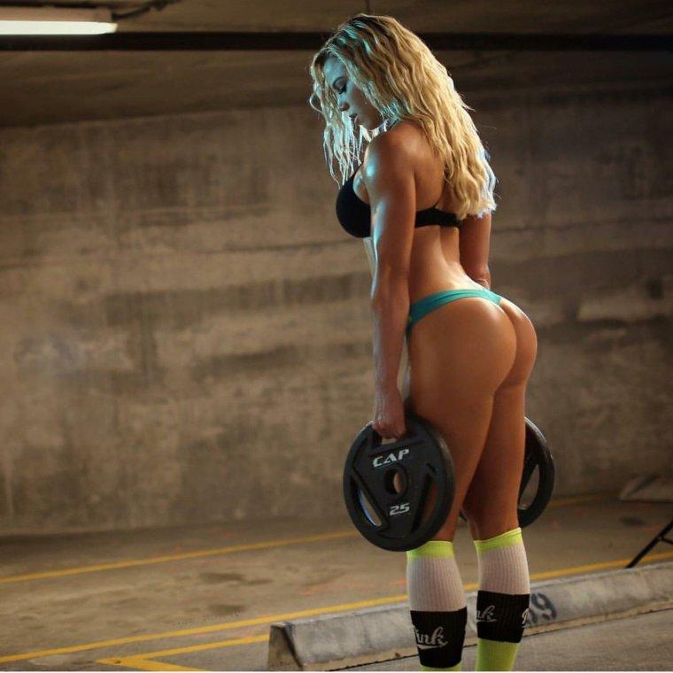 Очень красивые фитнес модели (53 ФОТО) 10