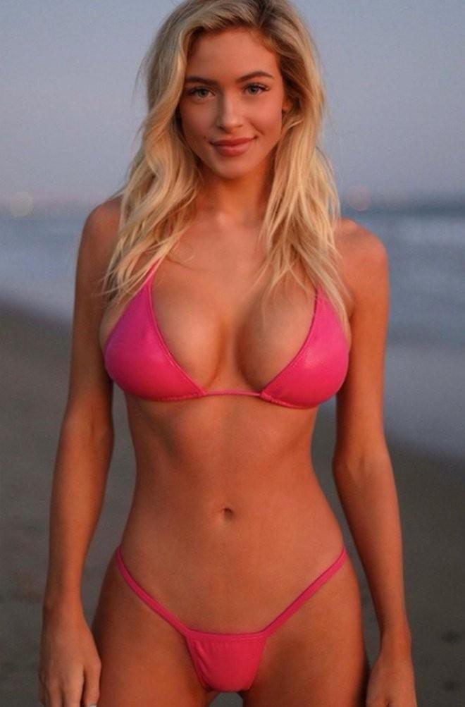 Ханна Палмер - горячие фото блондинки в красном 1