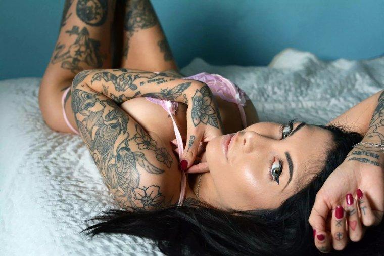 Девушки с красивыми татуировками - новая подборка 5