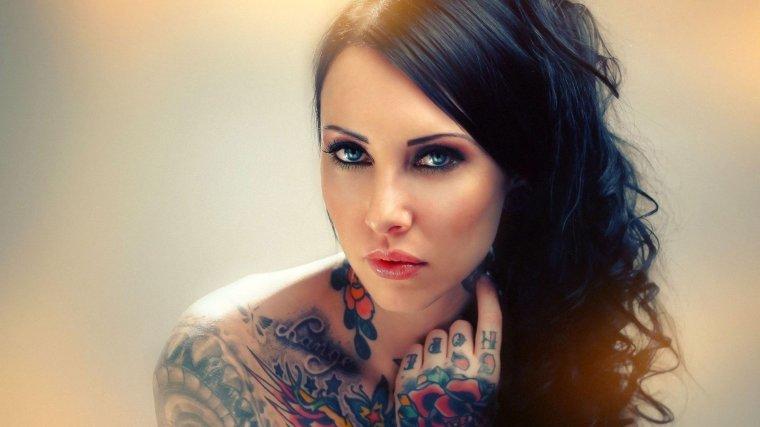 Девушки с красивыми татуировками - новая подборка 9