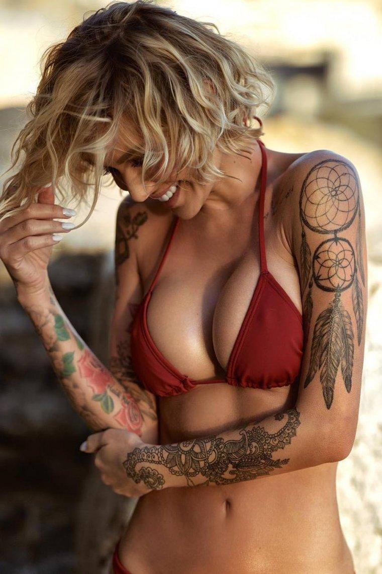 Девушки с красивыми татуировками - новая подборка 10