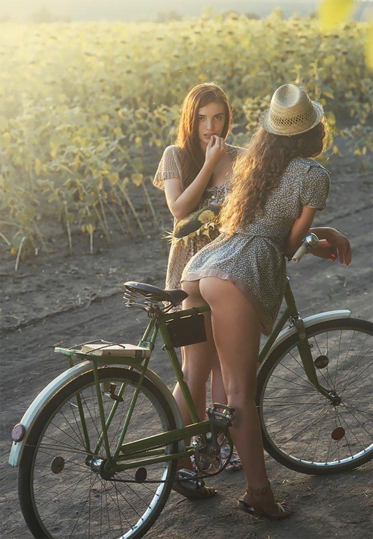 Сексуальные велосипедистки - Фото красоток на велосипедах 1