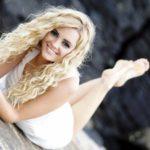 Роскошные блондинки в белых платьях: любуемся 2