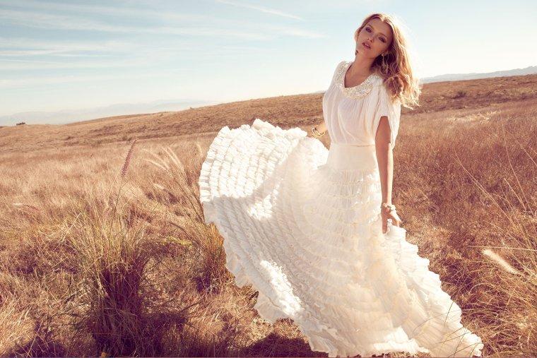 Роскошные блондинки в белых платьях: любуемся 13