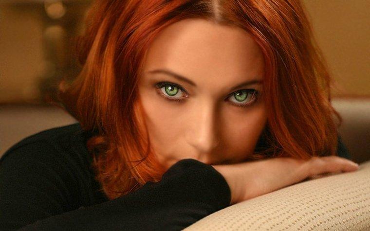 Красивые зеленоглазые девушки: фото крупным планом 1