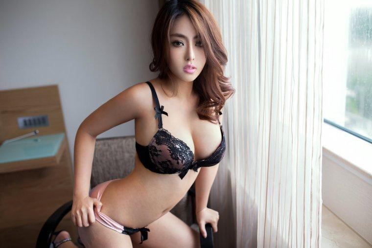 Азиатки с большой грудью - Фото грудастых девушек из Азии 20