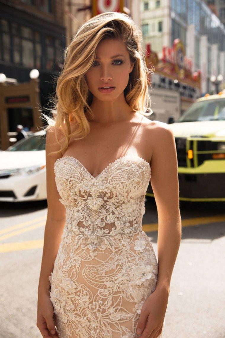 Красотки в свадебных платьях: захотелось? 9