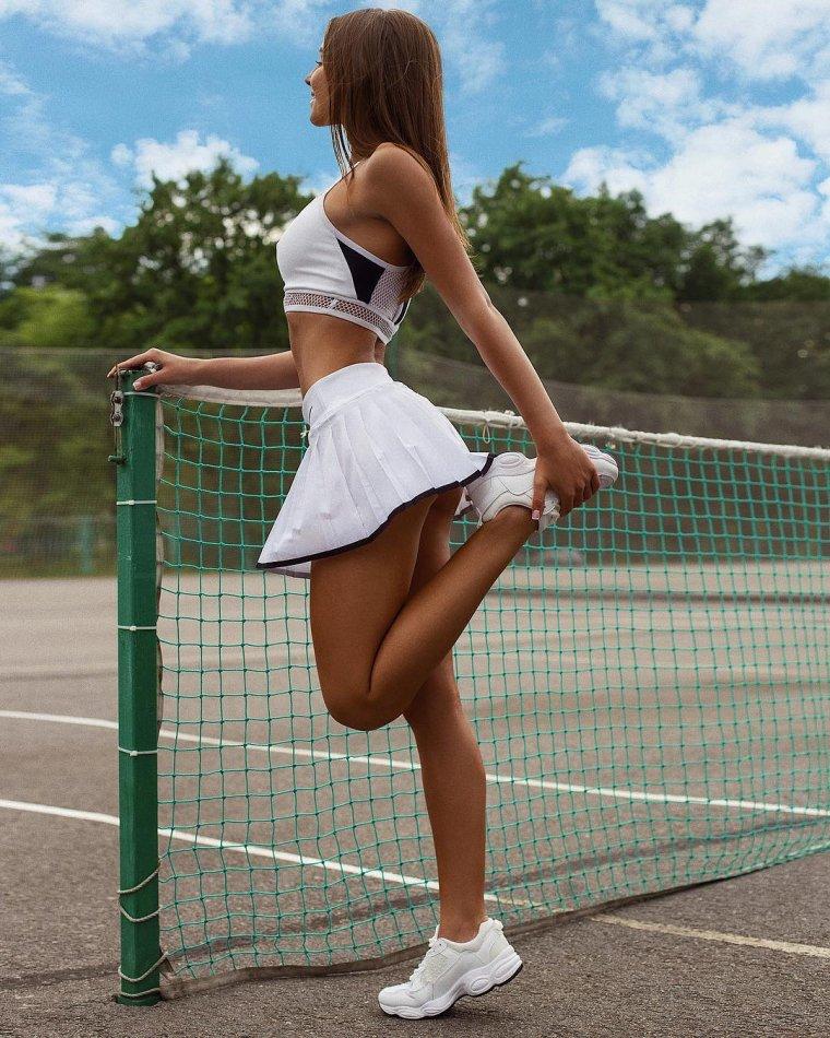 Красивые теннисистки - Фото девушек на корте 5