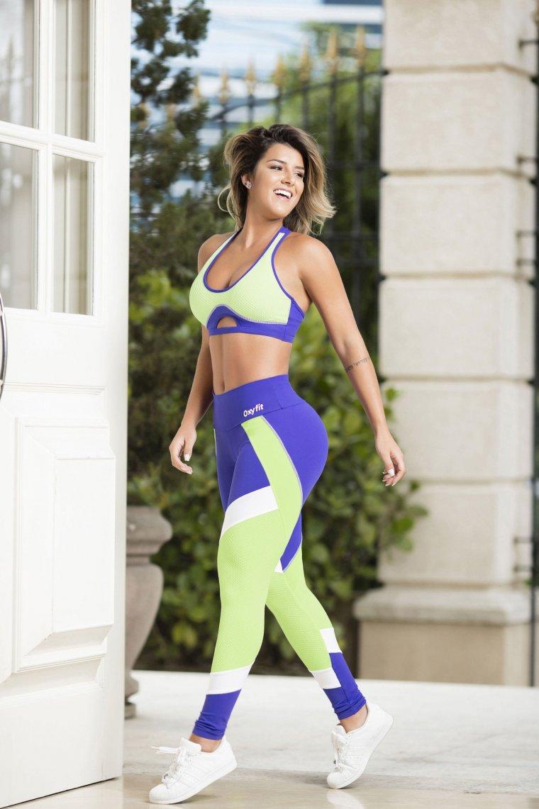Красивые девушки в одежде для фитнеса (Фото) 15