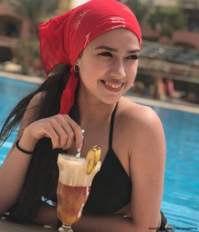 Алина Загитова показала фигуру в новом купальнике 1