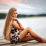 Красивые русые девушки с длинными волосами: сексуальные фото 28