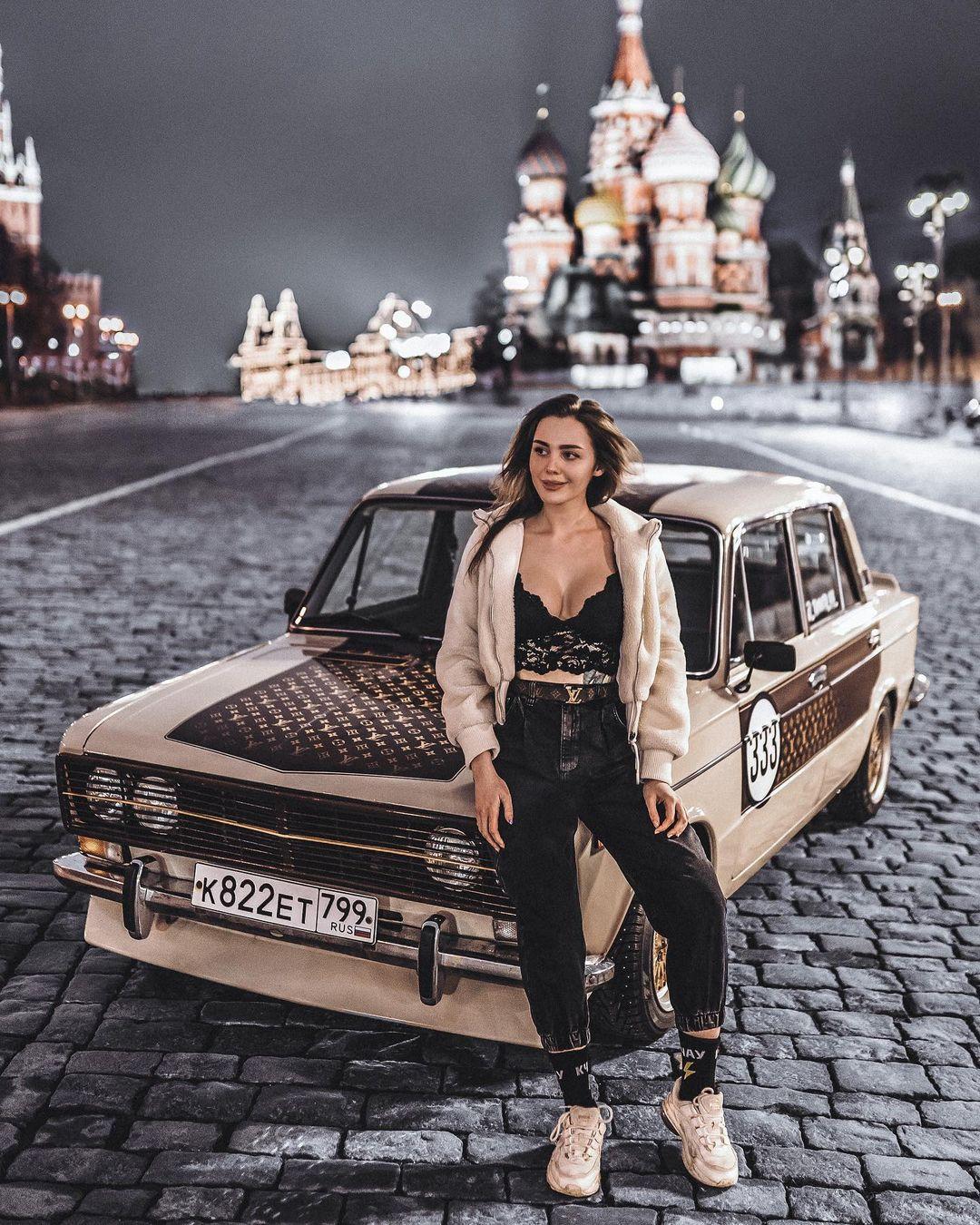 """Горячие фото Томы Ждановой - любительницы """"жигулей"""" 9"""