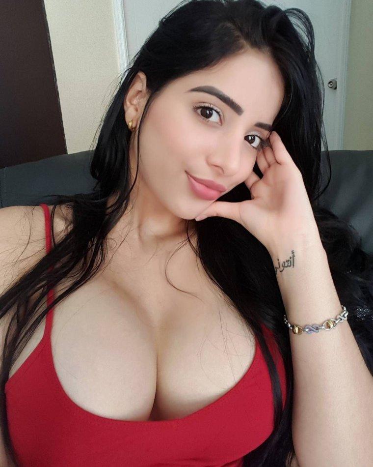 Фото красивых армянок с большой грудью: темноволосые леди 12
