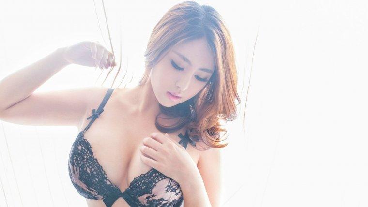 Азиатки с большой грудью - Фото грудастых девушек из Азии 8